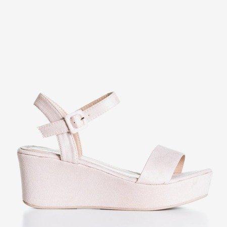 Светло-розовые босоножки Lysnes на танкетке - Обувь