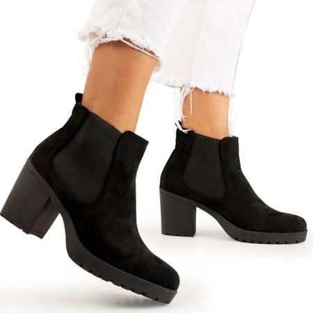 Черные женские сапоги на столбе от Umberto - Обувь