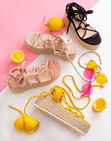 Бежеві жіночі босоніжки на платформі Alvis - Взуття