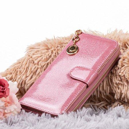 Великий рожевий жіночий гаманець з лаком - Гаманець
