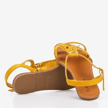 Гірчичні босоніжки з бахромою Minikria - Взуття