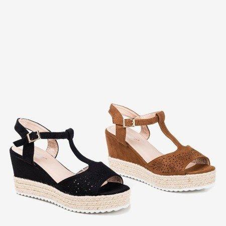 Коричневі жіночі ажурні босоніжки на танкетці Moris - Взуття