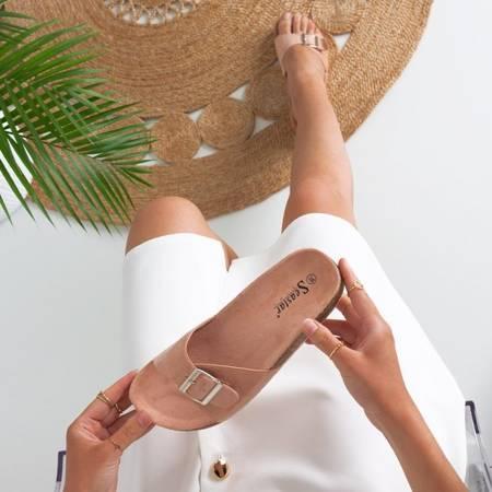 Рожеві жіночі шльопанці з пряжкою Ловінка - Взуття 1