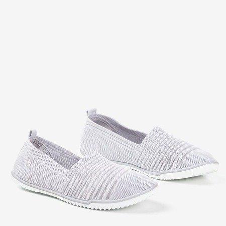 Светло-сірі кросівки Yeqa - Взуття 1