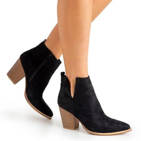 Чорні ботильйони на підборах Mevelyno - Взуття