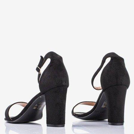 Чорні жіночі босоніжки на пості Sweet Honey - Взуття 1