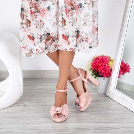Różowe sandałki na słupku Elianna- Obuwie